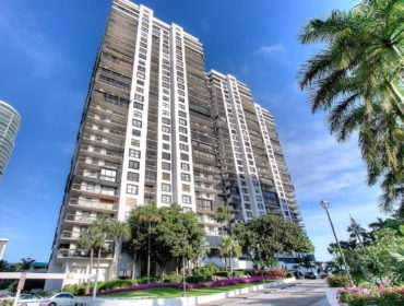 Brickell Bay Club Condos for Sale and Rent 2333 Brickell AveBrickell, FL 33129