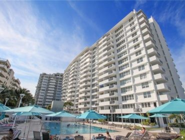 Decoplage Condos for Sale and Rent 100 Lincoln RdSouth Beach, FL 33139