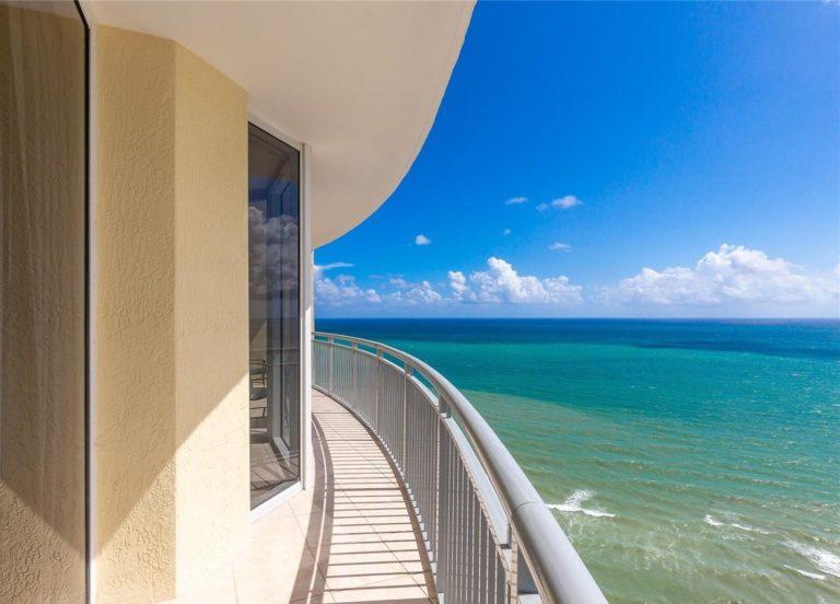 Doubletree by Hilton Ocean Point Resort photo12