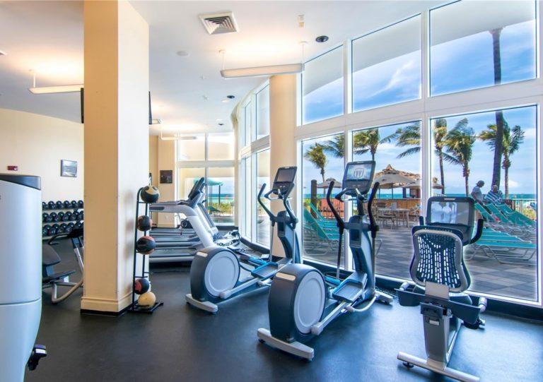 Doubletree by Hilton Ocean Point Resort photo22