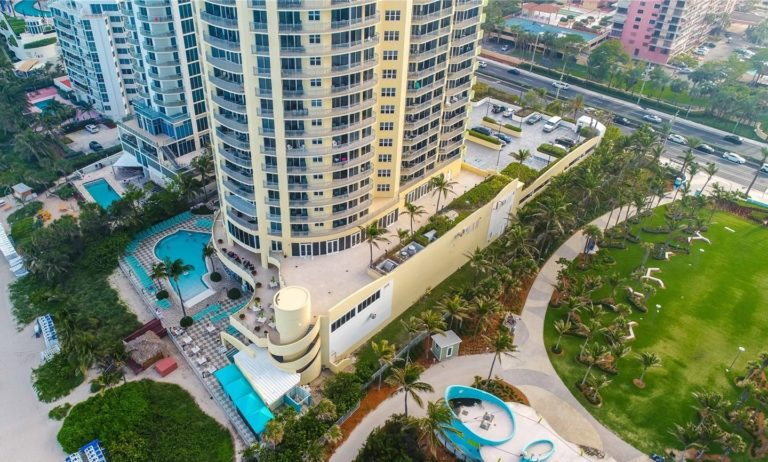 Doubletree by Hilton Ocean Point Resort photo04