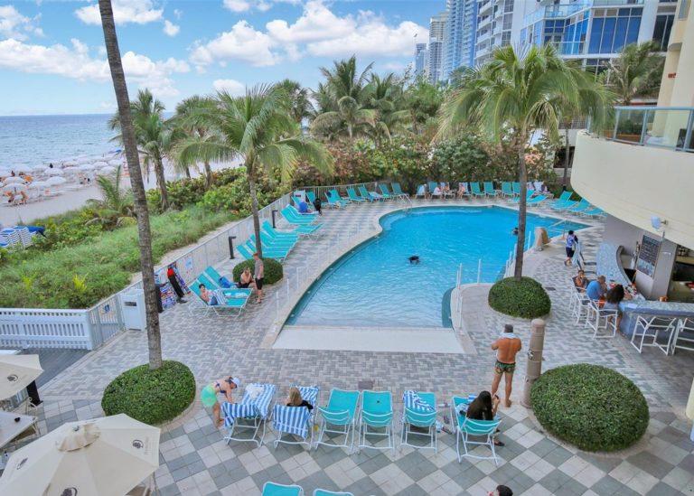 Doubletree by Hilton Ocean Point Resort photo13