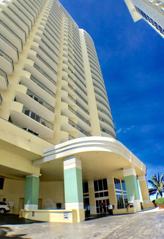 Doubletree by Hilton Ocean Point Resort photo03