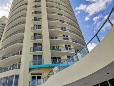 Ocean Point Beach Club Condos for Sale and Rent 17375 Collins AveSunny Isles Beach, FL 33160