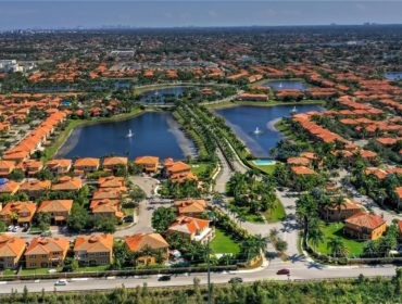Egret Lakes Estates Homes for Sale and Rent 15555 SW 26th TerMiami, FL 33185