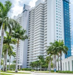 One Fifty One At Biscayne - 05 - photo