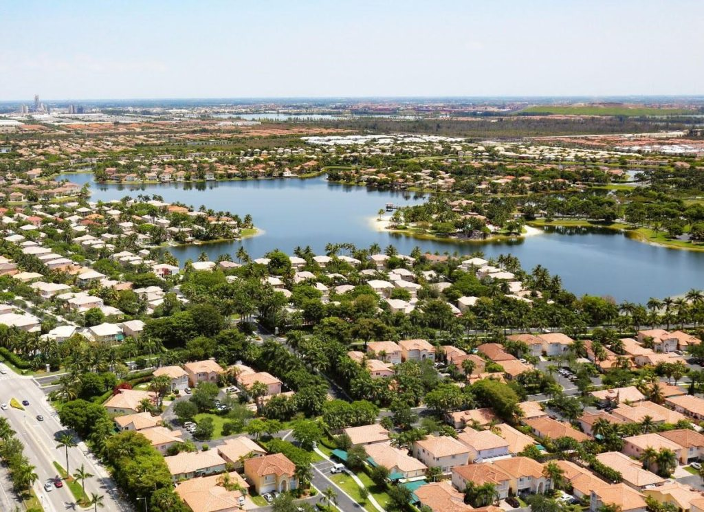 Doral Isles Riviera photo01