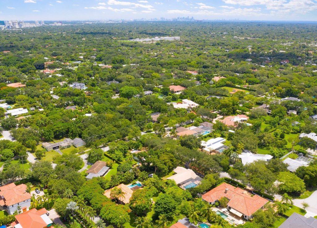 Pine Tree Estates photo01