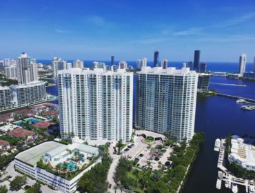 Peninsula Aventura: water views from every residence - thumbnail