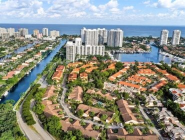 Marina Cove Homes for Sale and Rent 21376 Marina CoveAventura, FL 33180