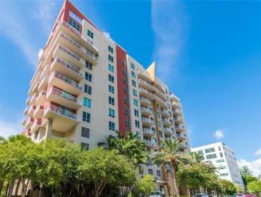 Uptown Lofts Condos for Sale and Rent 2275 Biscayne BlvdEdgewater, FL 33137