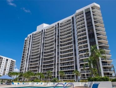 Harborside at the Waterways Condos for Sale and Rent 3640 Yacht Club DrAventura, FL 33180