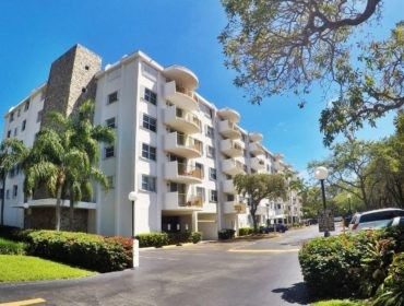 Cape Florida Club Condos for Sale and Rent 210 Sea View DrKey Biscayne, FL 33149